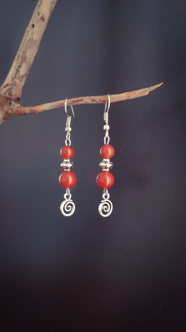 Boucles pendantes ethniques en Jaspe Rouge
