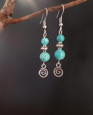Boucles pendantes en turquoise reconstituée
